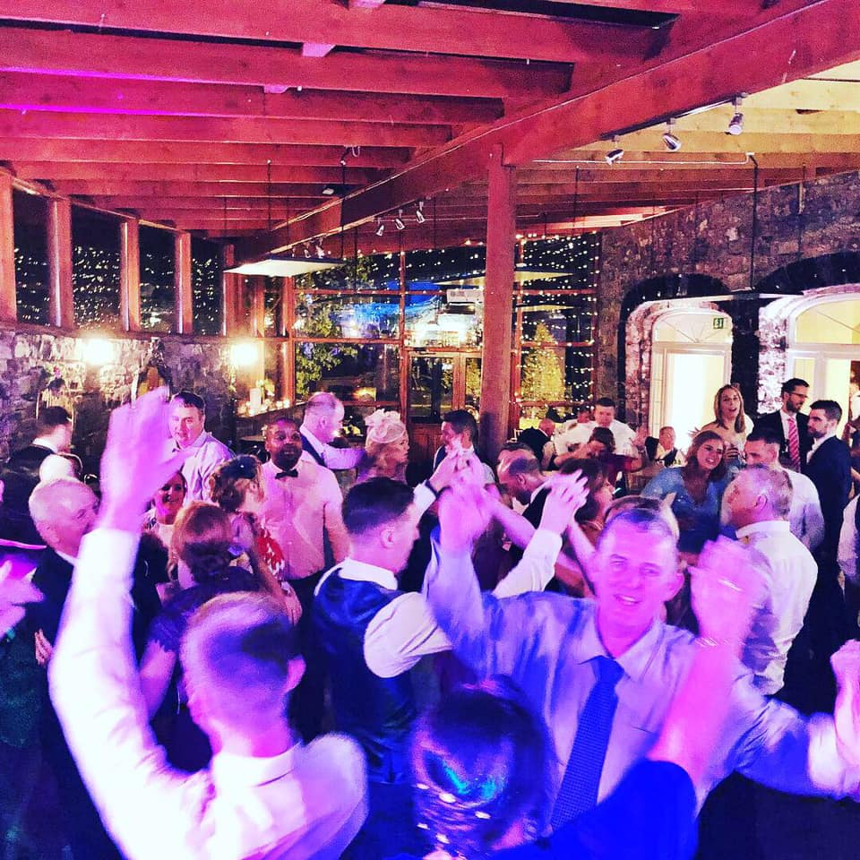 PLAYLIST with Niamh & Mark at their wedding in Boyne Hill House on the 3rd May 2019