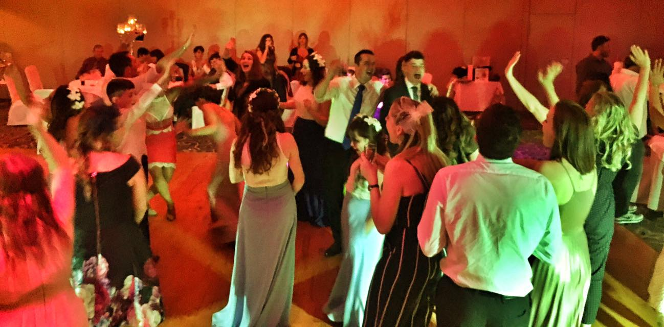 PLAYLIST with Mandy & Andrew at their wedding in Dunboyne Castle on the 3rd August 2017