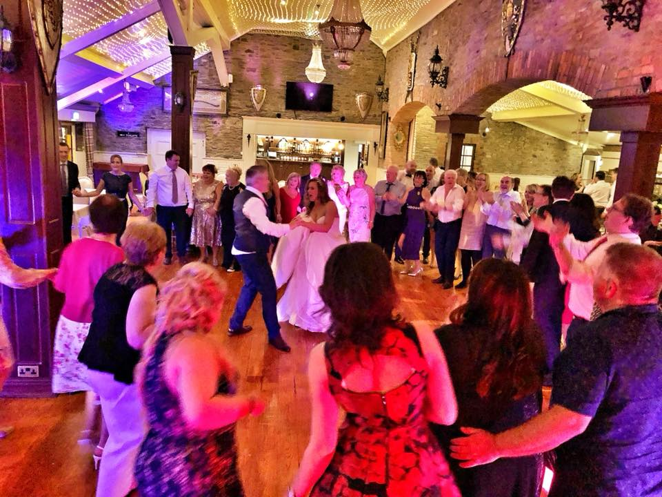 PLAYLIST with Jackie & Ray at their wedding in Darver Castle on the 20th May 2018